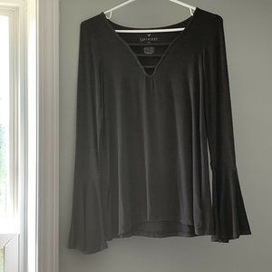 American Eagle Outfitters Soft & Sexy Bell Sleeve